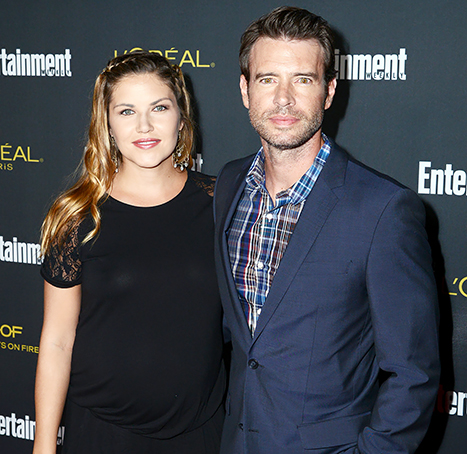 1412457645_scott-foley-marika-dominczyk-lg