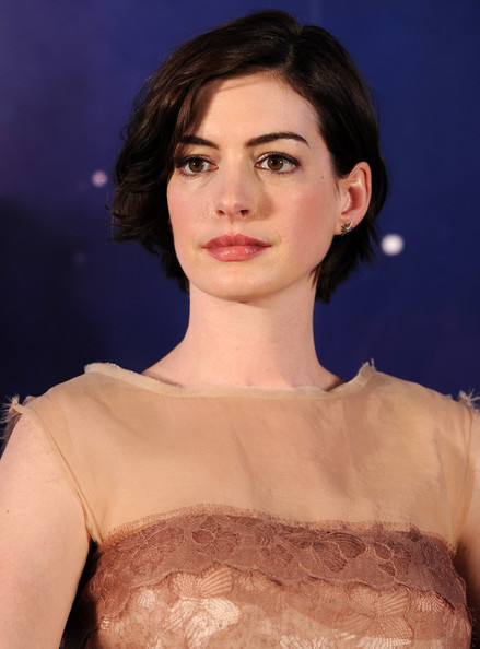 Anne+Hathaway+Interstellar+Press+Conference+7suE25pzaHsl