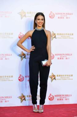 Jessica Alba Mission Hills WC Pro Am golf Haikou 102414 03