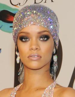 Rihanna_02.06.2014_DFSDAW_031