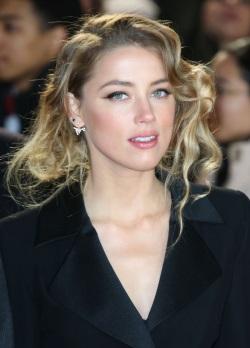 Amber Heard 01