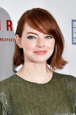 Emma_Stone_Closing_Night_Gala_Presentation__9GqP2r7dDWx