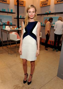 Kate_Bosworth_Variety_Studio_Presented_Moroccanoil_Dh6givXgwU8x