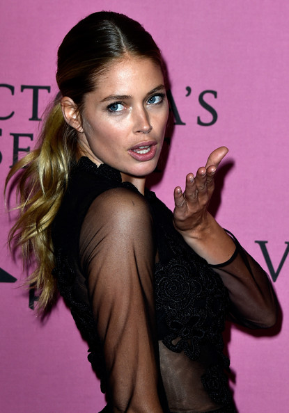 Doutzen+Kroes+Arrivals+Victoria+Secret+Fashion+LIt_lx6XcdEl