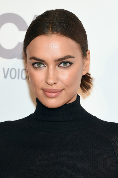 Irina+Shayk+ASPCA+Young+Friends+Benefit+YE_5NX9sYEkl