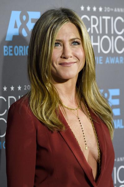 Jennifer+Aniston+Arrivals+Critics+Choice+Movie+F3MVe1JSTsMl
