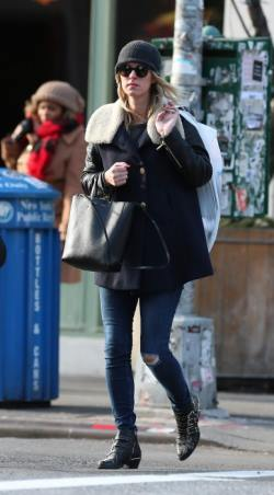 Nicky-Hilton-out-in-New-York-City-January-5-2015-0051-387x700
