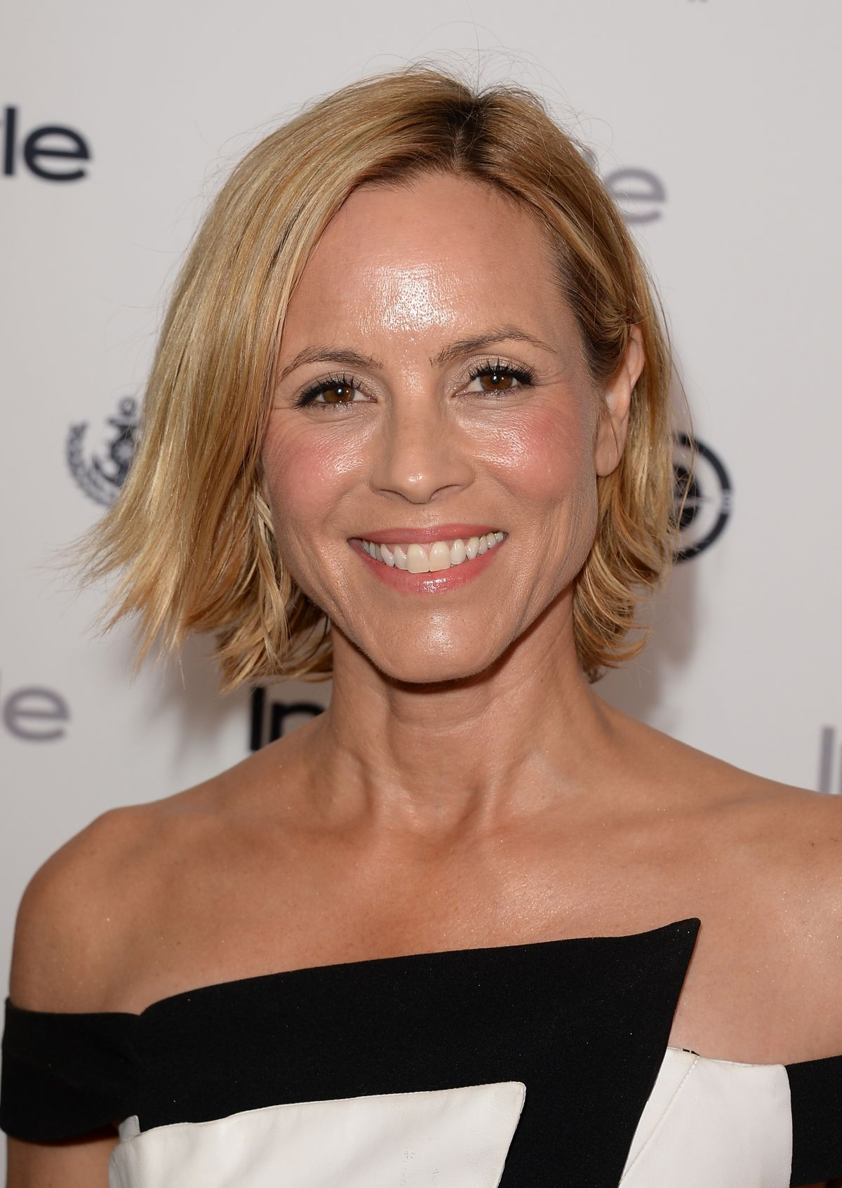 maria-bello-at-instyle-summer-soiree-short-hair-medium-size-side-ways-shinny-forehead