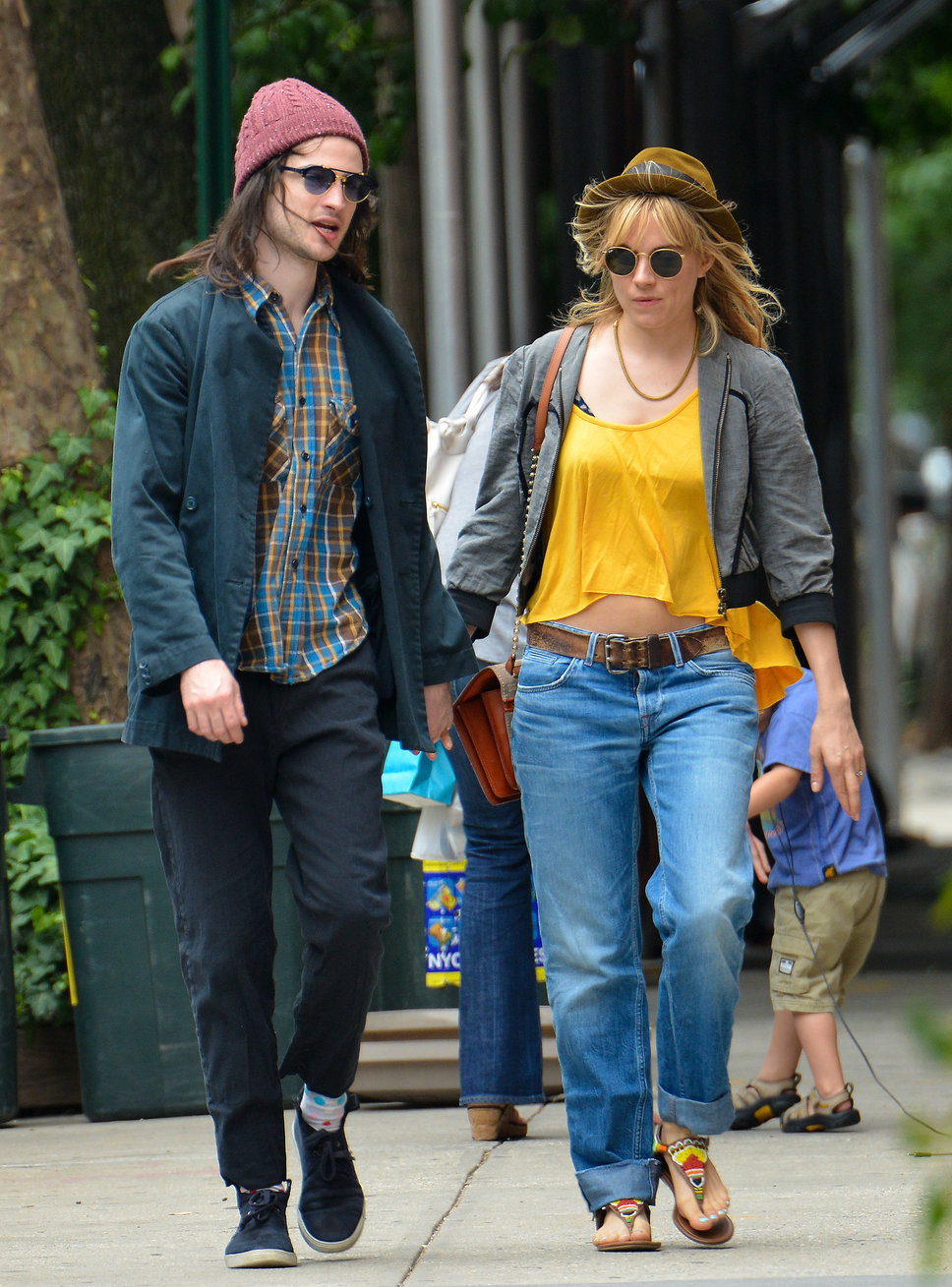 tom_sturridge_sienna_miller_pa