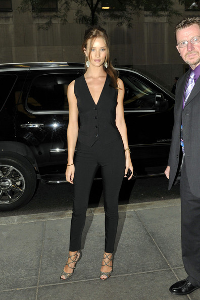 Rosie+Huntington+Whiteley+Outerwear+Vest+MxHm69g0OW5l