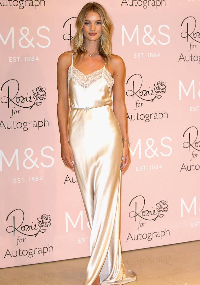style-rosie-huntington-whiteley-autograph