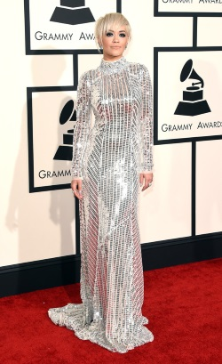 Rita_Ora_57th_GRAMMY_Awards_Arrivals_LcrVkNyxa8Xx
