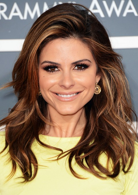 Maria-Menounos-Hairstyles-Fluffy-Waves