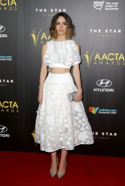 Rose_Byrne_4th_AACTA_Awards_Ceremony_rFKOc12aTXFx