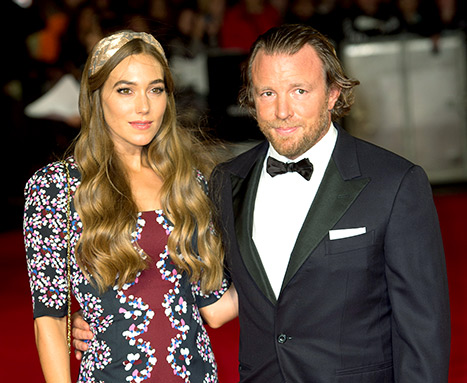 1438096360_guy-ritchie-jacqui-ainsley-article