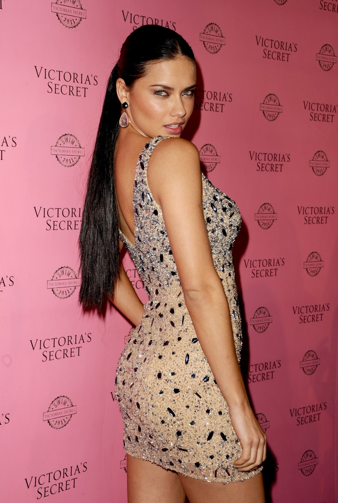 Adriana Lima (Victoria's Secret Swim party 2011) HQ (3)