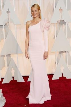 Gwyneth_Paltrow_Arrivals_87th_Annual_Academy_SXJQqUZ2nD-x