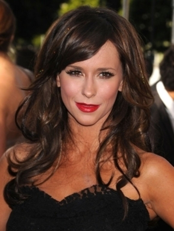 Jennifer-Love-Hewitt-hair-style
