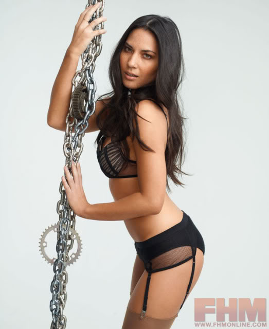 Olivia-Munn-in-Chains-for-FHM-
