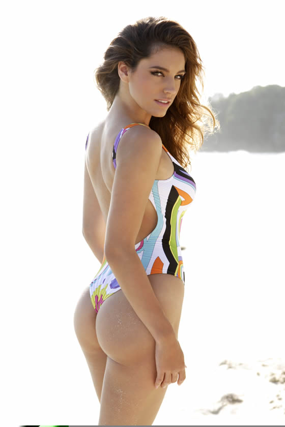 kelly-brook-nice-butt