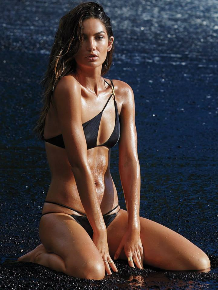 lily-aldridge-in-esquire-mexico-november-2014-_1