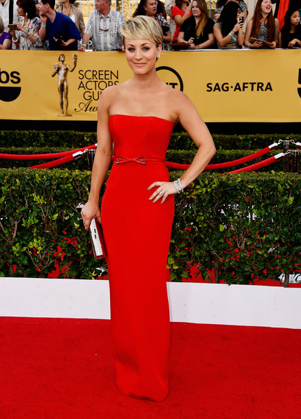 Kaley+Cuoco+Sweeting+Dresses+Skirts+Strapless+SvShDfzKoMAl
