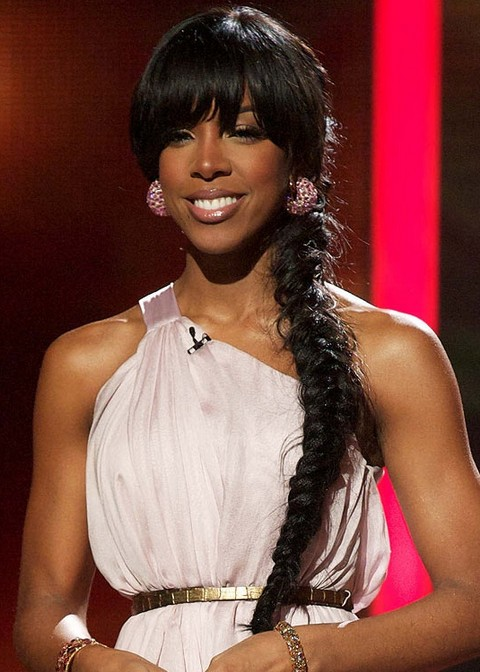 Kelly-Rowland-Hairstyles-Long-Braided-Hairstyle-with-Bangs