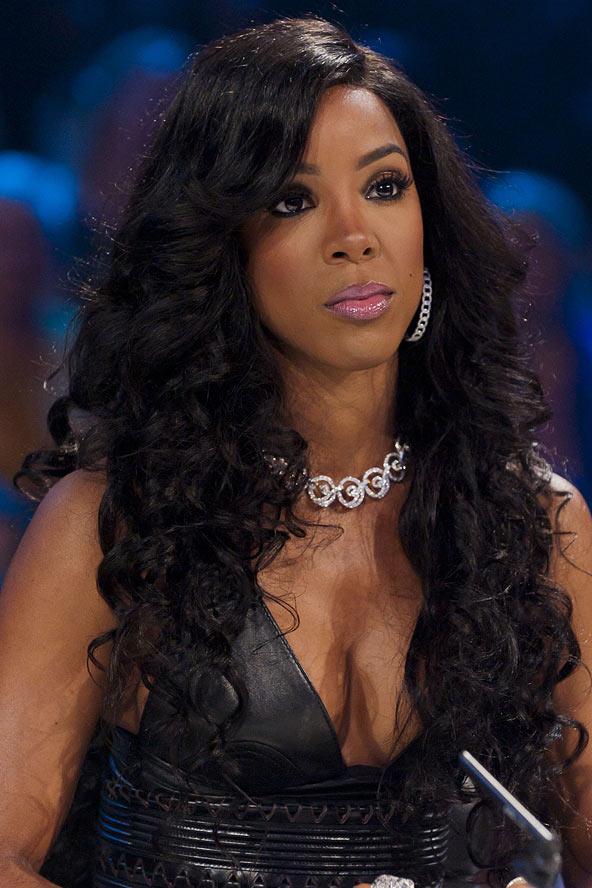 Kelly-Rowland-Long-Curls