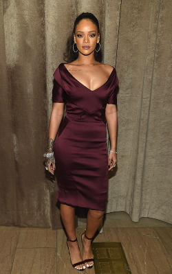 Rihanna (Zac Posen Fashion Show 2015-07)