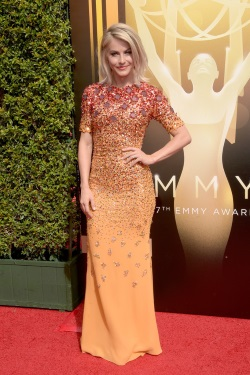 2015_Creative_Arts_Emmy_Awards_Arrivals_1zE7aLE6udVx