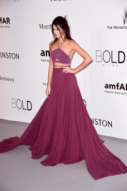 Kendall_Jenner_amfAR_22nd_Cinema_Against_AIDS_k4MSX98CNwYx