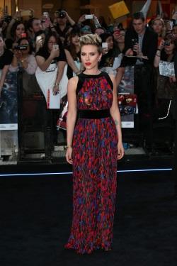 Scarlett Johansson - Avengers Age Of Ultron premiere 015