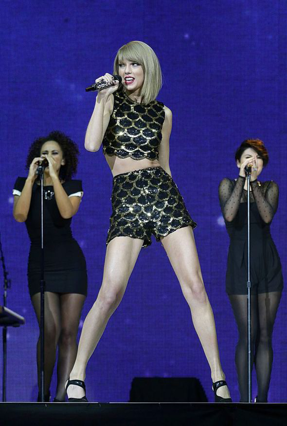 Taylor-Swift-to-perform-on-Brits-2015-Awards-233096