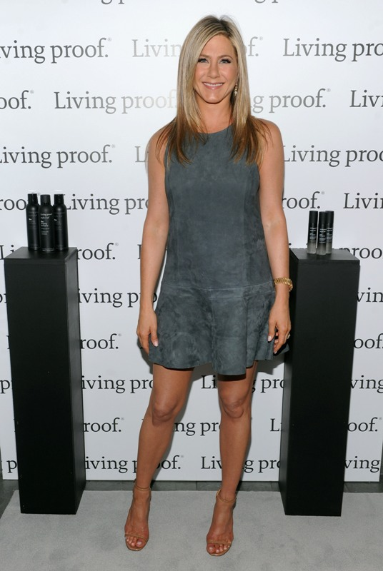 aniston-living-proof-10may13-03