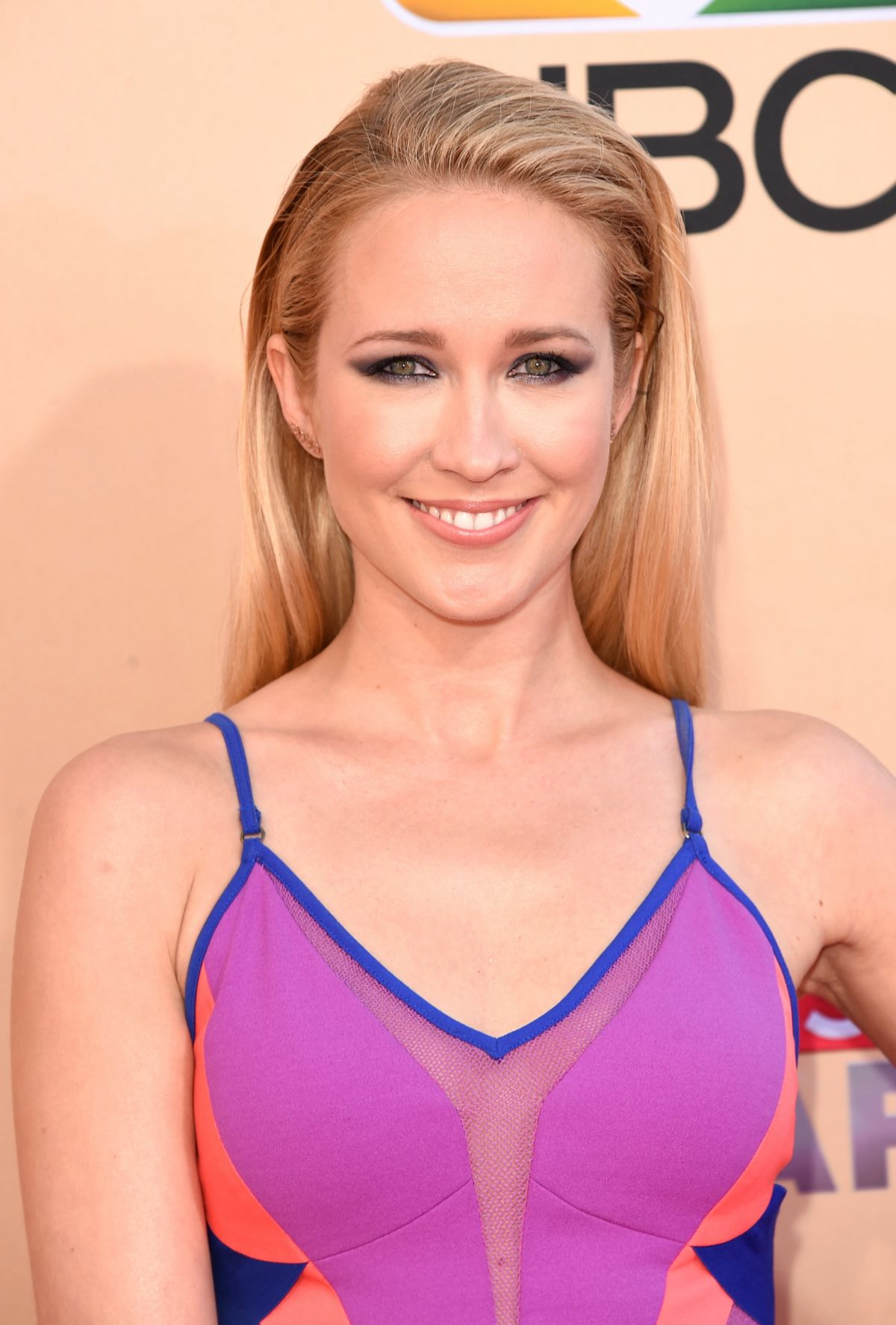 anna-camp-at-2015-iheartradio-music-awards-in-los-angeles_1