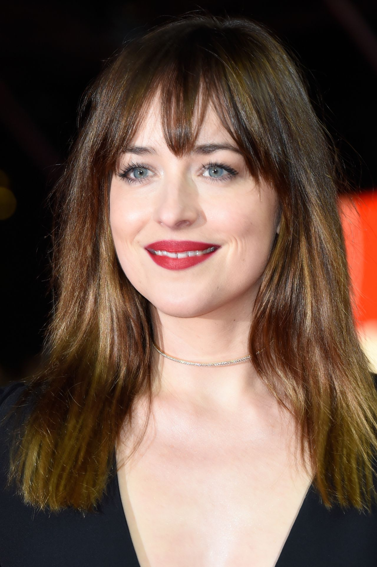 dakota-johnson-fifty-shades-of-grey-premiere-in-berlin-berlinale-2015-11