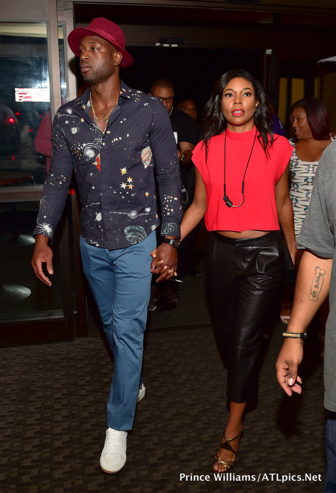 3-gabrielle-union-Dwyane-Wades-Ludacris-Weekend-Bowling-Tournament-Valentino-Cosmo-Planet-Print-Shirt-683x1000
