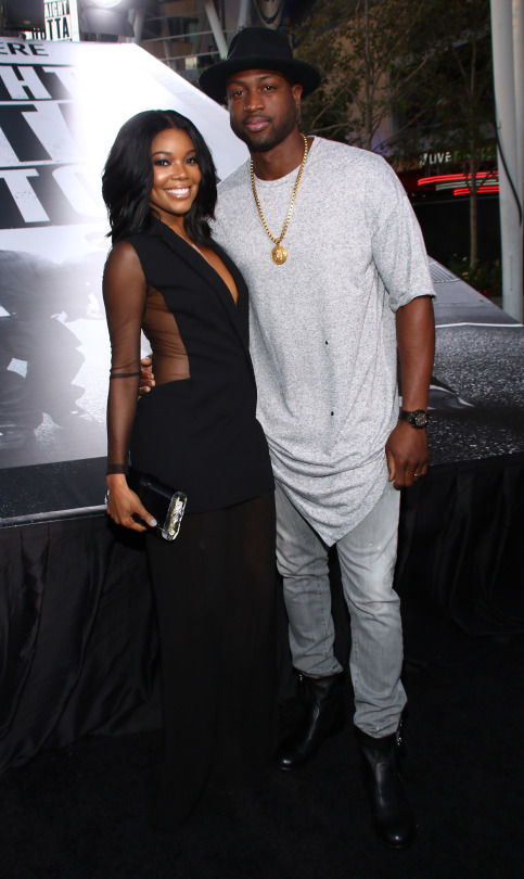 Gabrielle-Union-and-Dwayne-Wade-attend-the-Universal-Pictures-and-Legendary-Pictures'-premiere-of-'Straight-Outta-Compton