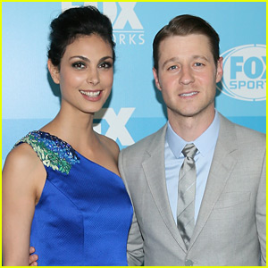 ben-mckenzie-morena-baccarin-expecting-baby