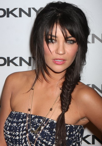 jessica-szohr-haircuts-celebrity-hairstyles--large-msg-13403644172