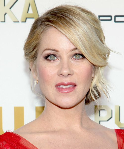 Christina-Applegate-Critics