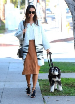 Jamie-Chung-Walking-her-dog-west-hollywood-509x700