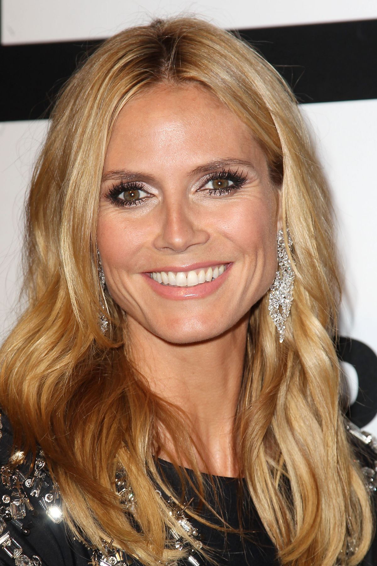 heidi-klum-at-2015-clio-awards-in-new-york_13