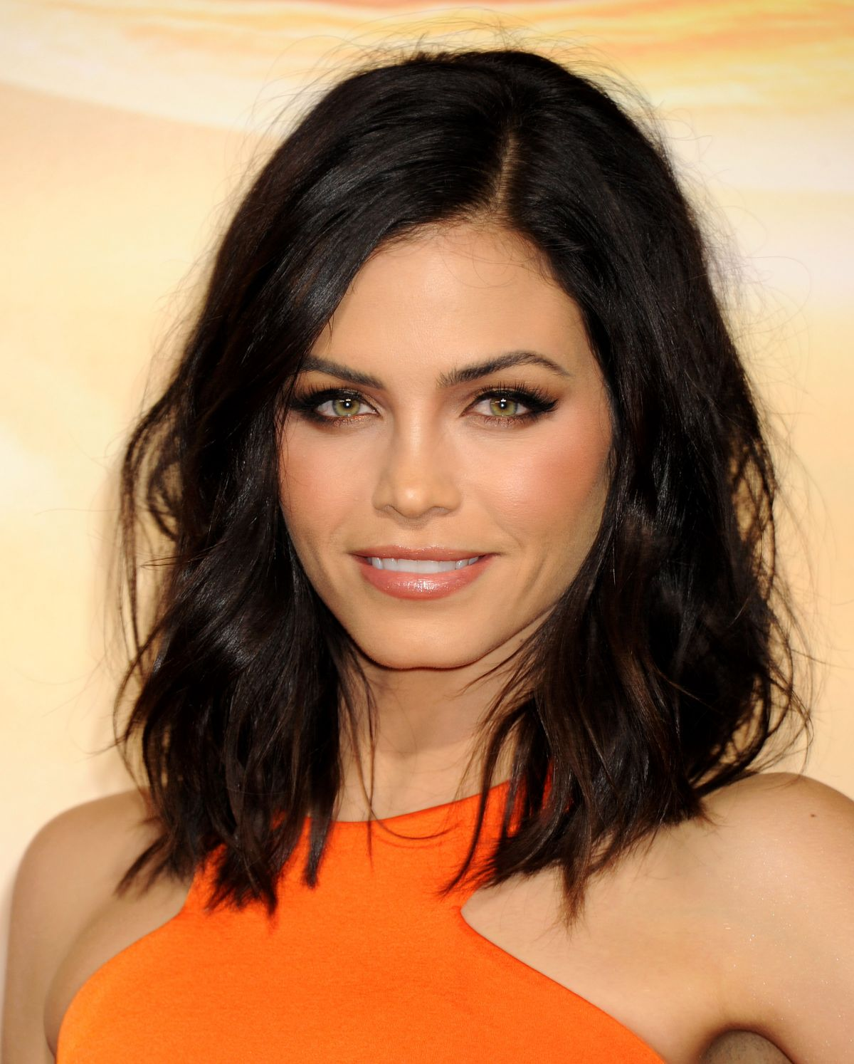 jenna-dewan-tatum-attend-the-jupiter-ascending-premiere-in-hollywood_1