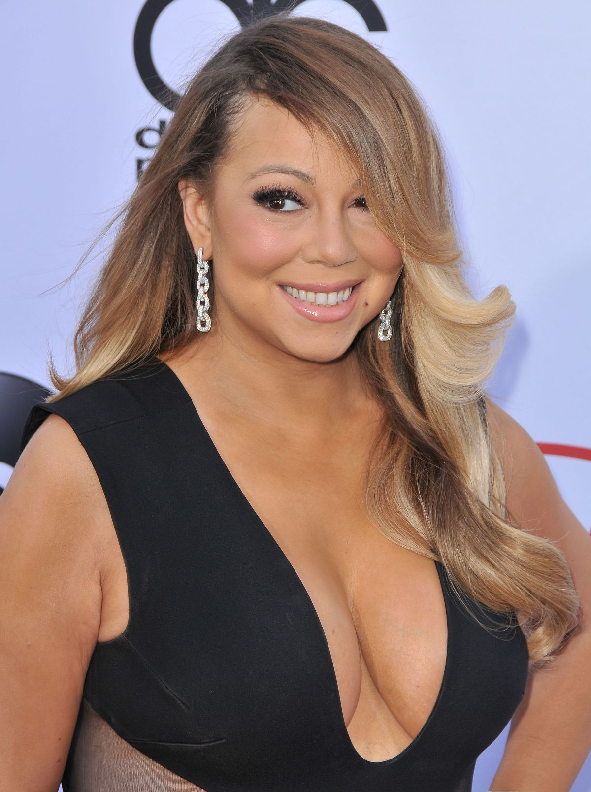 mariah-carey-at-2015-billboard-music-awards_1
