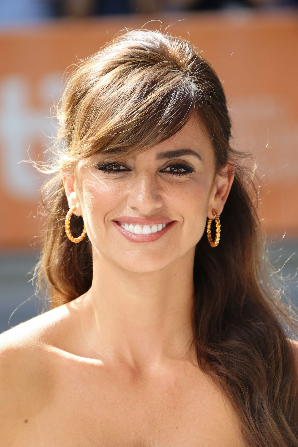 penelope-cruz-at-ma-ma-premiere-at-2015-toronto-international-film-festival-09-15-2015_3